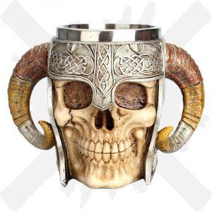 hrnek lebka s helmou creepyshop